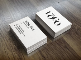 现实的名片样机 Realistic Business Card Mock Up1